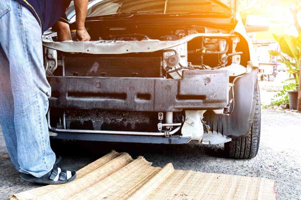 Get Top Cash exclusively from Broken Car Collection In Brisbane