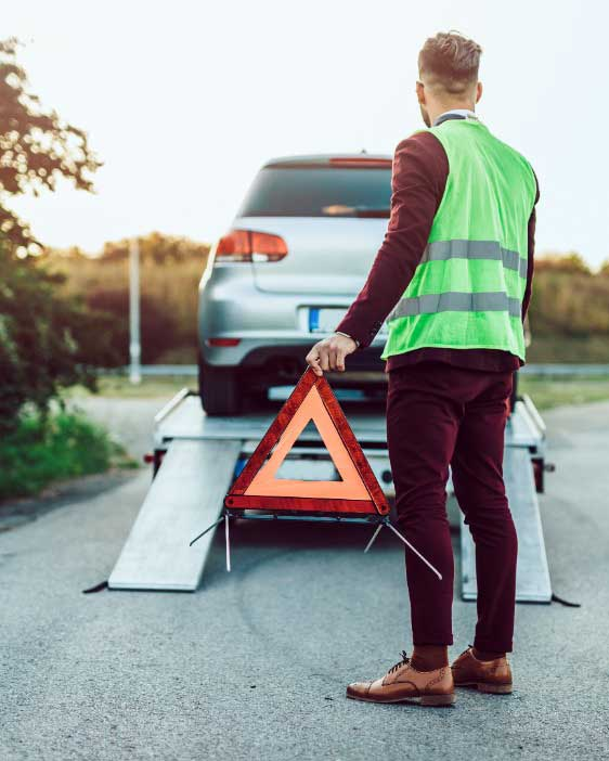 Removal of your broken car at free of cost